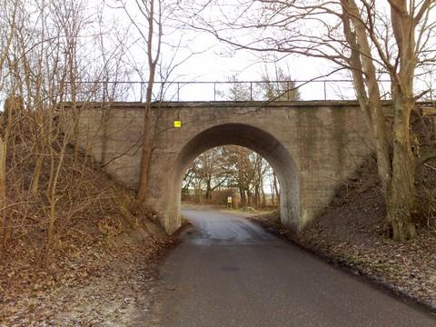 Bro på Midtbanen ved Åsen - syd for Hvalsø - set mod øst 01-01-09